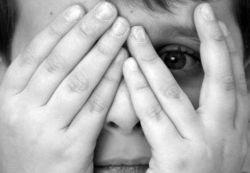 Как уберечь ребенка от злоумышленников