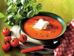 томатный суп с базиликом и маслинами
