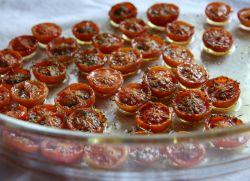 vyalenye_pomidory_v_mikrovolnovke.jpg