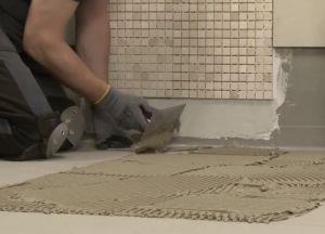 Как правильно уложить плитку в ванной