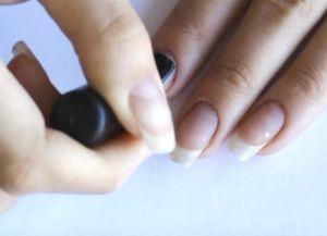 укрепление ногтей базой и акриловой пудрой 1