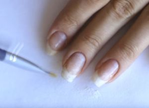 укрепление ногтей базой и акриловой пудрой 4