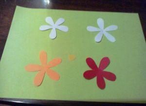 как сделать маме подарок из бумаги 7