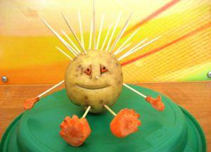 Поделки из овощей и фруктов на выставку3