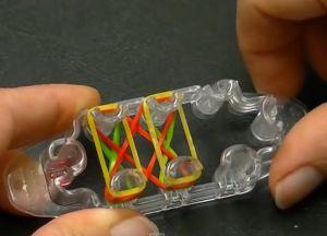 браслеты из резинок на маленьком станке (7)
