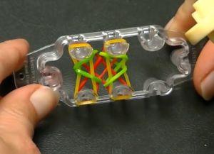 браслеты из резинок на маленьком станке (9)