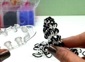 браслеты из резинок на маленьком станке (29)