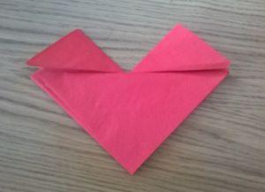Как сложить бумажные салфетки для сервировки стола 20