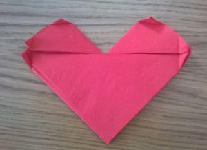 Как сложить бумажные салфетки для сервировки стола 21
