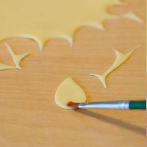 Как делать цветы из мастики 2
