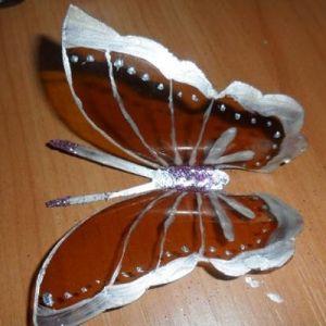 бабочки из пластиковых бутылок 13