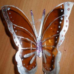 бабочки из пластиковых бутылок 14