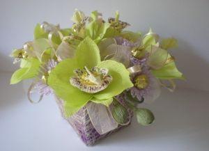 цветы из конфет своими руками53