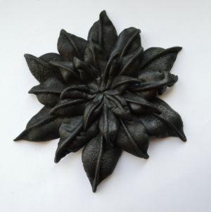 цветы из кожи своими руками15