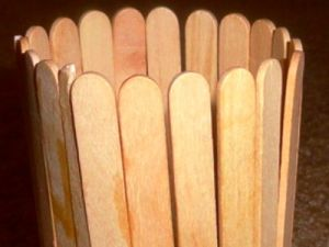 поделки из палочек от мороженного12