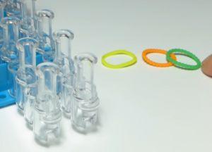 браслет из резинок круговые узелки (1)