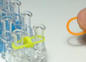 браслет из резинок круговые узелки (7)