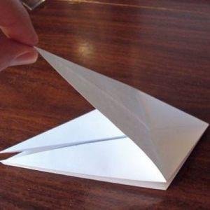 Как сделать из бумаги попугая 13