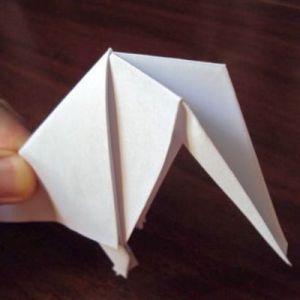 Как сделать из бумаги попугая 20