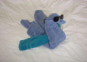 как сделать лебедя из полотенца 10