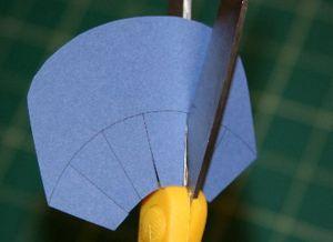 как сделать шапку из бумаги_12