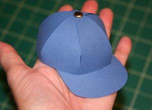 как сделать шапку из бумаги_16