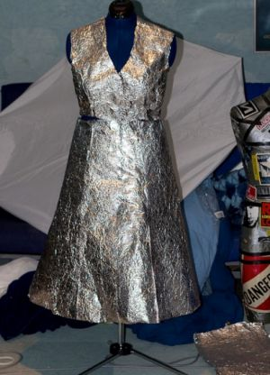 платья из подручных материалов 33