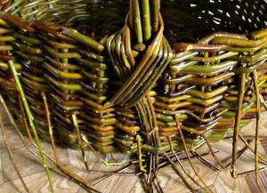 плетение корзин из лозин (20)