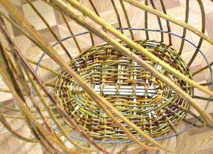 плетение корзин из лозин (8)