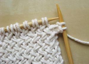 Узор плетенка спицами 3