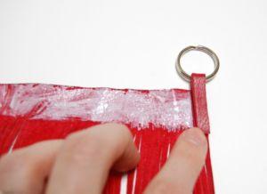 как сделать брелок своими руками 32