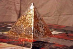 как сделать пирамиду из картона2