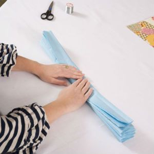 как сделать помпоны из бумаги2