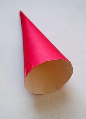 как сделать ракету из картона 3