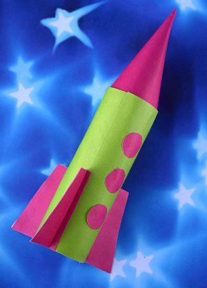как сделать ракету из картона 8