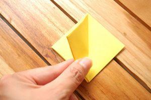как сделать тюльпан из бумаги 11