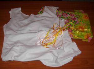 как украсить белую футболку 1