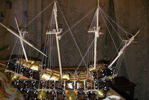 корабль из конфет мастер класс37