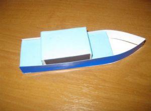 как сделать кораблик из картона 8