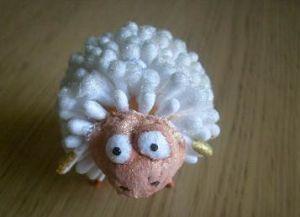овечка из ватных палочек 10