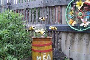 Пчелы из пластиковых бутылок18