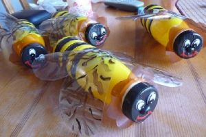 Пчелы из пластиковых бутылок19