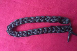 плетение браслетов из шнурков19