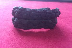 плетение браслетов из шнурков22
