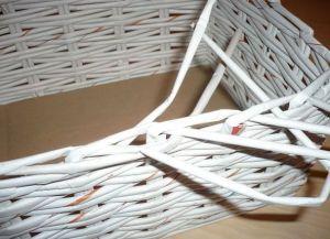 плетение из газет квадратной корзины6