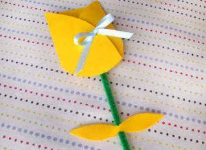поделка цвета для мамы 8