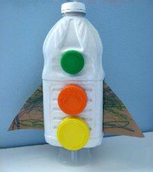 поделка ракета из пластиковой бутылки