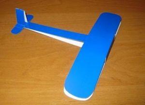 поделка самолет из картона 3