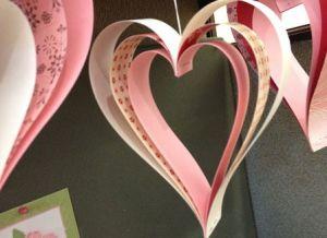 поделка сердечко из цветной бумаги 4