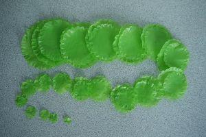 поделки из полиэтиленовых пакетов 34